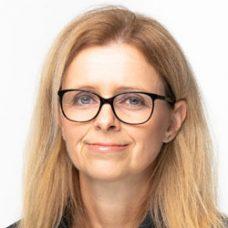 Manuela Artner